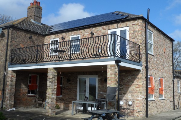 Solar PV optimisers